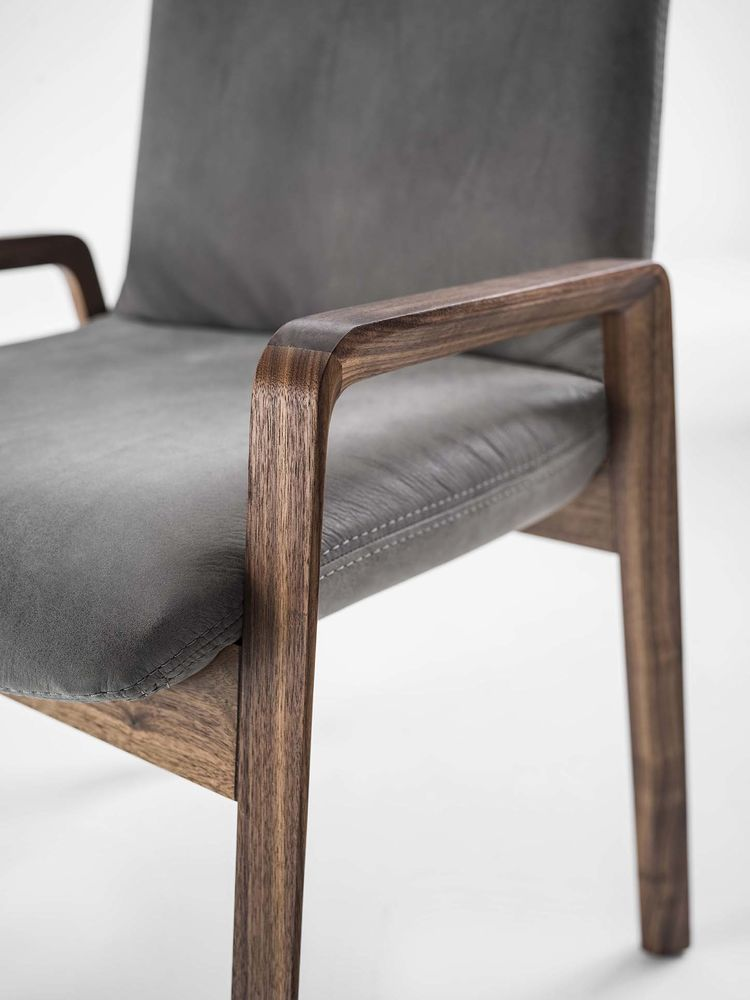 NOBLE' CHAIR3