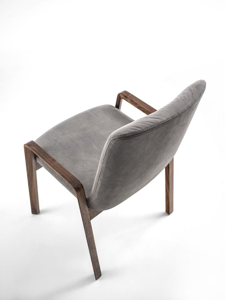 NOBLE' CHAIR6